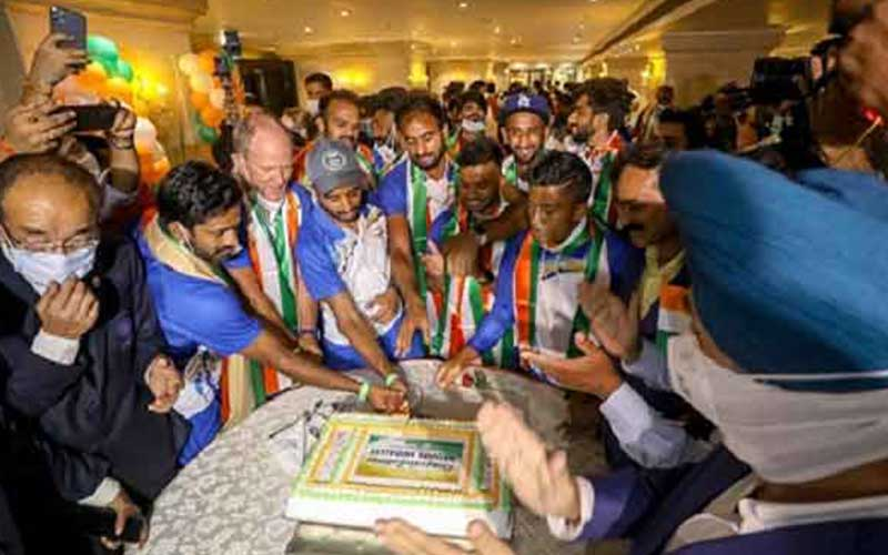 World Rankings Prove Icing on The Cake For India Men and Women Hockey Teams