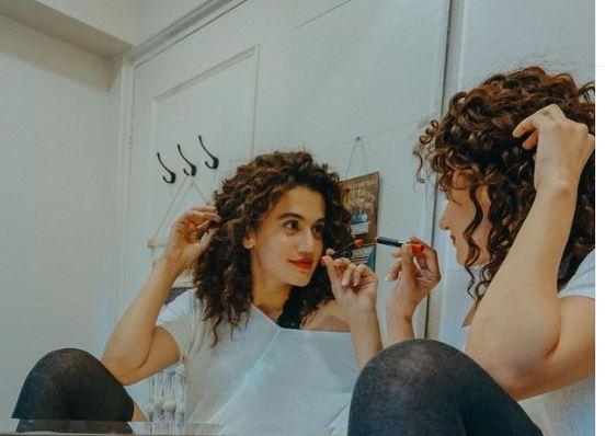 """EXCLUSIVE- """"It's a catch 22 situation, and someone needs to break this chain"""" Taapsee Pannu on less payments to heroines in Bollywood as compared to male counterparts"""