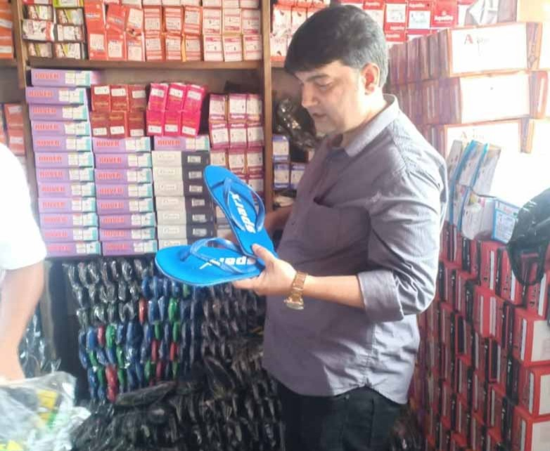 Relaxo Counterfeit Goods: Two Arrested In The Case Of Counterfeit Slippers Sold With Branded Names