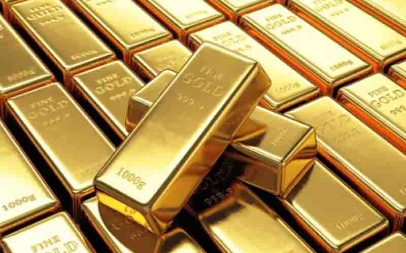 Indians are selling their gold to generate income as a result of COVID-19.