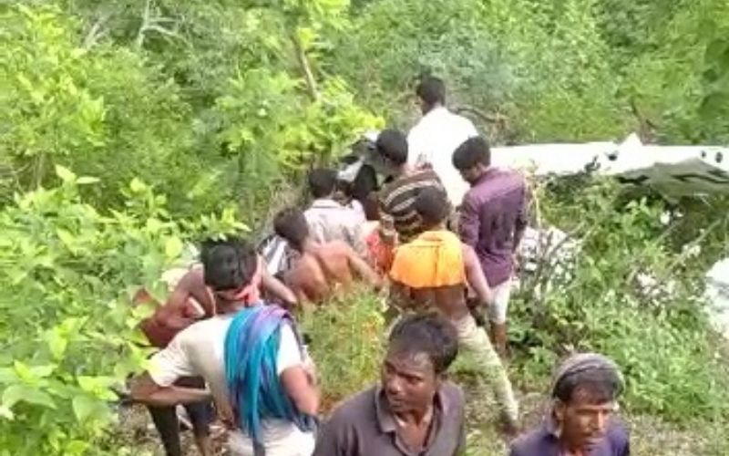 Maharashtra: One person is killed, another is injured in a helicopter crash in Jalgaon