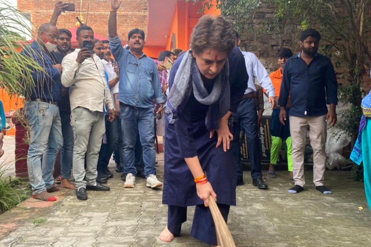From Priyanka to Kejriwal to Modi, Humble Jhadu is Sweepstake in Politics