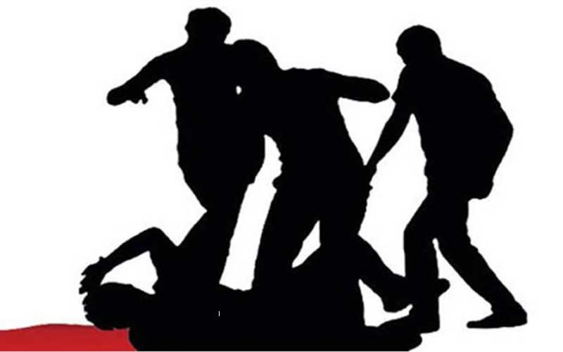 Thane: A Power Firm guard has been killed, while three cops have been injured in separate mob attacks