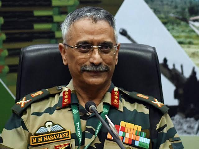 Army Chief General M M Naravane visites areas of Ladakh to discuss prevailing security scenario.