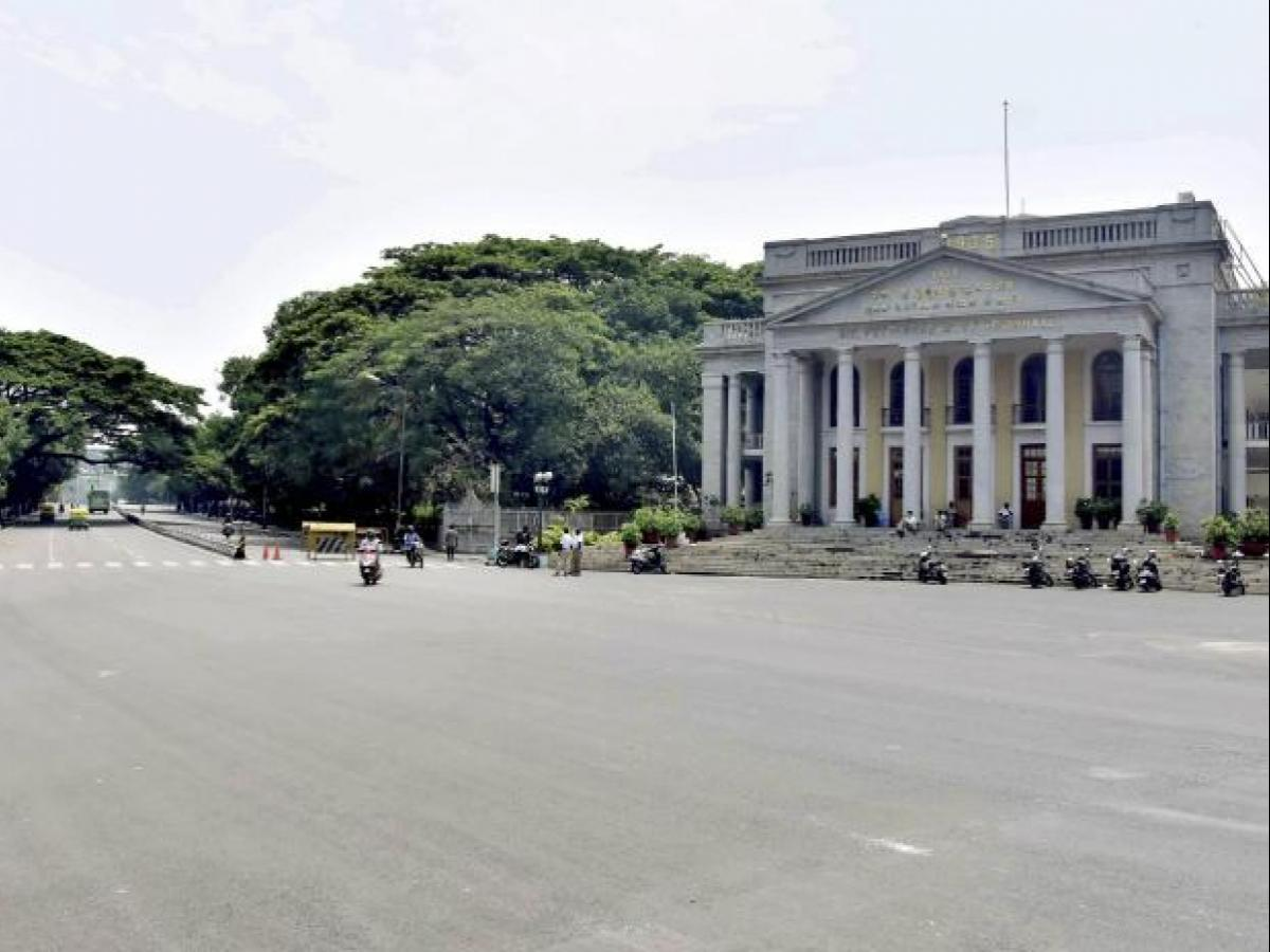 Government of Karnataka appoints DC's to take a call on easing weekend curfews in Districts