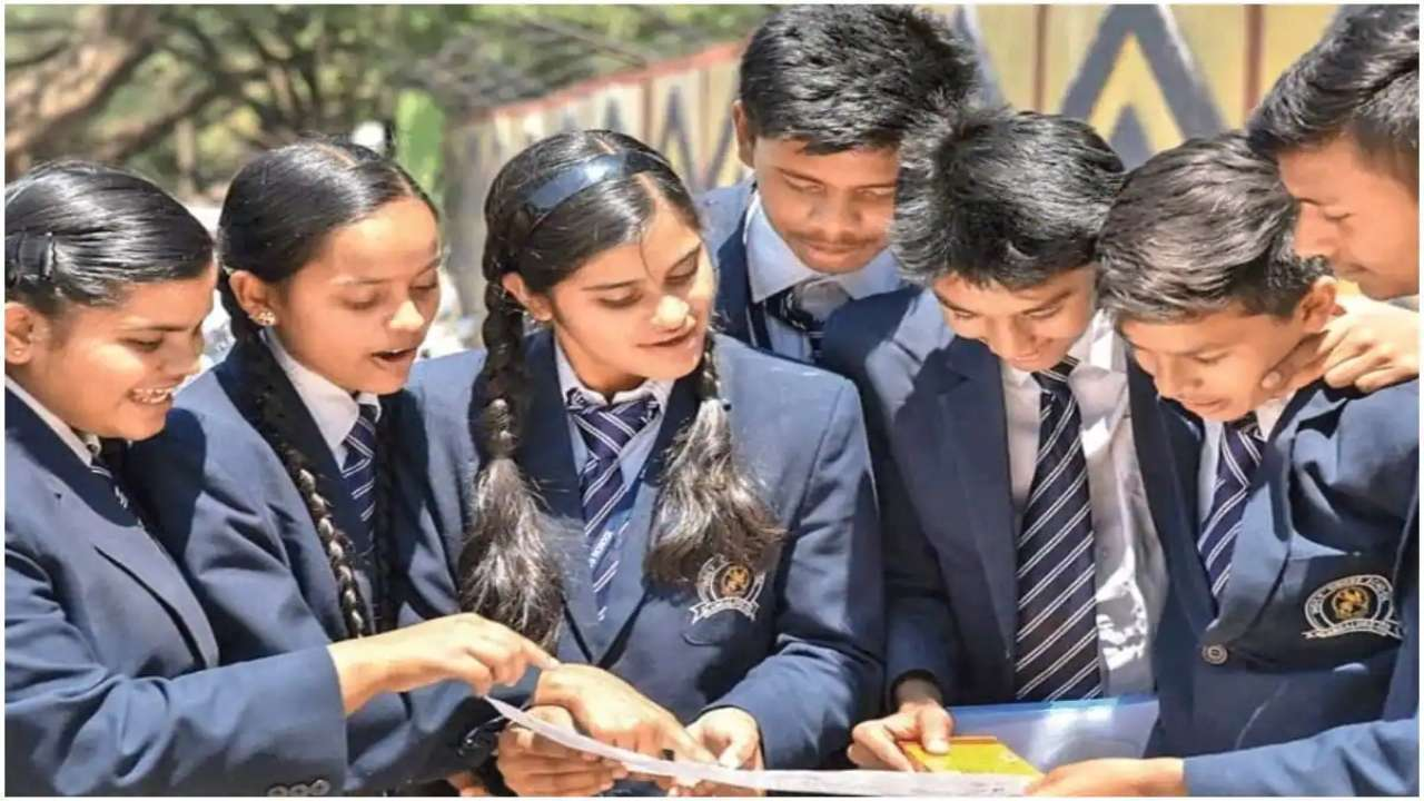 Date Sheet of CBSE Class 10,12, no main exams on same day CBSE date sheet 2022 for class 10 and 12 is expected soon on cbse.gov.in. check out the latest updates on the site.
