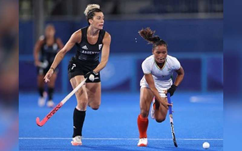 In Men's Footsteps, Indian Women's Hockey Team  Also Loses In The Semi Final But Still has a Chance To win Bronze Medal