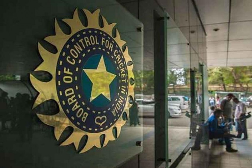 IPL 2022: BCCI Expects Rs 5000 Crore Windfall As Base Price For New Teams Kept At Rs 2000 Crore