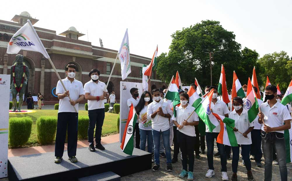 Sports Minister Launches 'Fit India Freedom Run 2.0' In 10 Iconic sites Across The Country