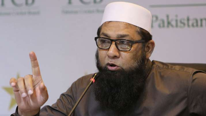 Inzamam-ul-Haq goes through angioplasty after suffering a heart attack