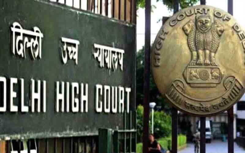 The High Court of Delhi issued a notice to the Delhi government to remove Zakir Khan as chairman of DMC