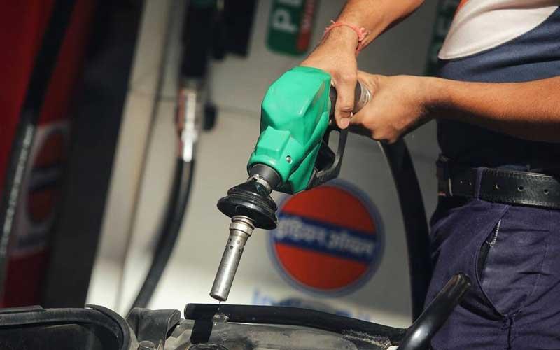 Petrol price in Madhya Pradesh's Balaghat breaking all records