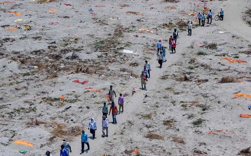 As Ganga waters rise, dead bodies emerge in Prayagraj, Uttar Pradesh