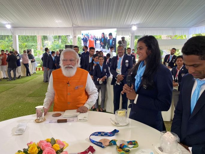 Modi Fulfiles His Promise, PV Sindhu Gets Ice Cream At PM House
