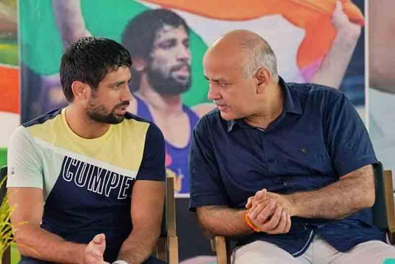 Delhi Govt To Rename Olympic Silver Medallist Ravi Dahiya's School After Him !